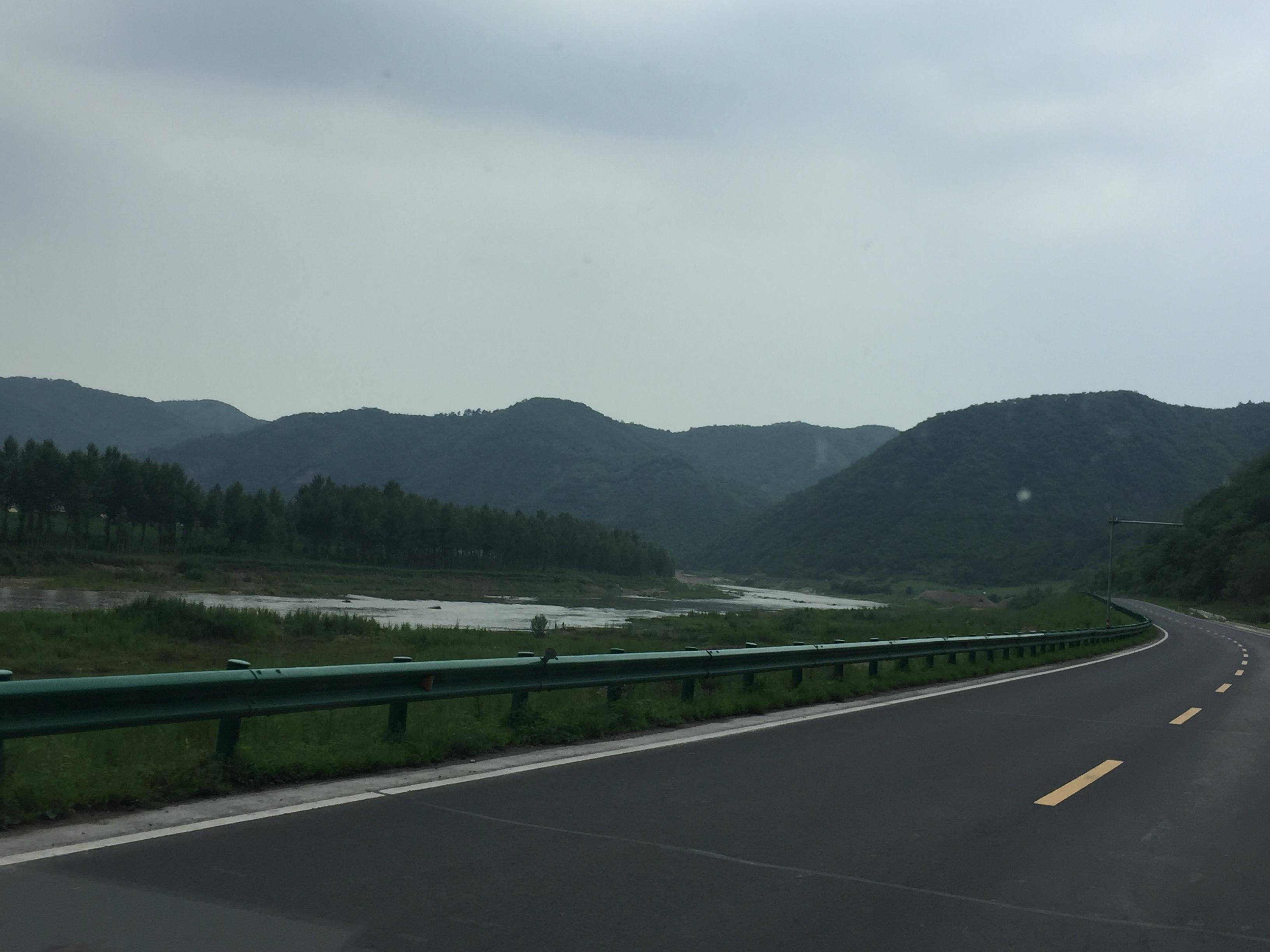 На том берегу реки Гаяхе уже Северная Корея